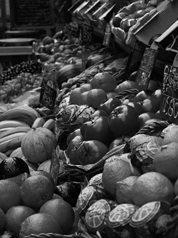 Fruits - Black & White (High Iso)
